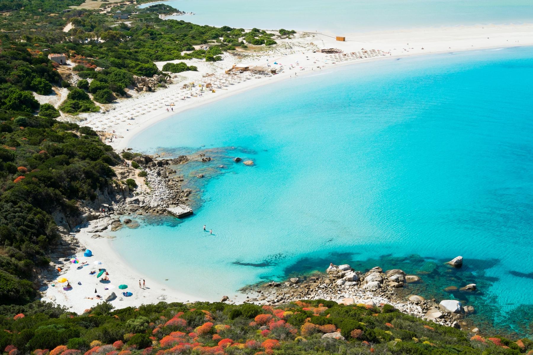 Die schönsten Strände Sardiniens   Magazine   DLT Travel